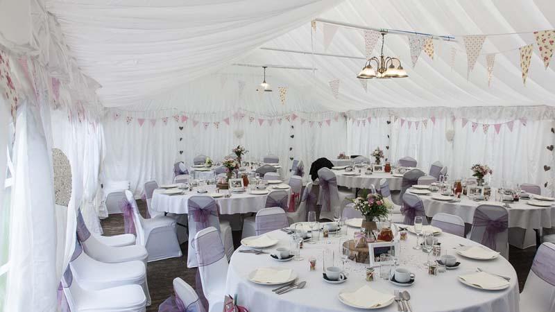 ¿Como decoramos las mesas para tu boda perfecta?