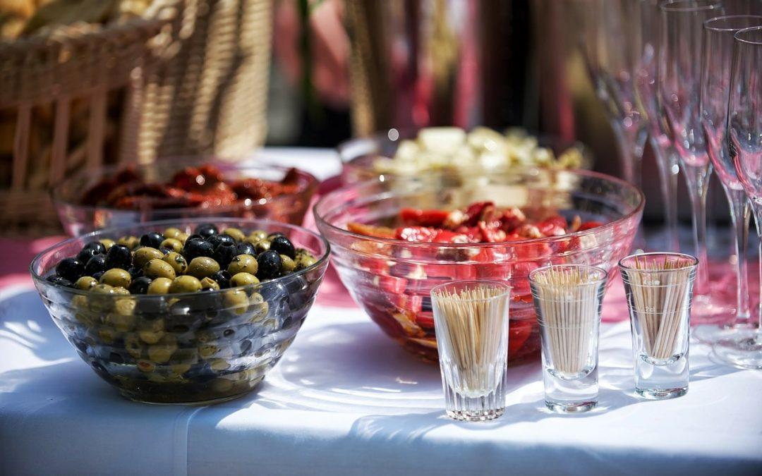 ¿Cómo se organiza un catering? Te lo contamos todo